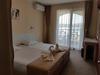 Отель Toma's Residence13