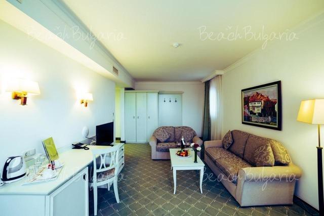 Хелена Парк Отель 14