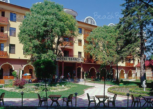 Отель Естрея Палас