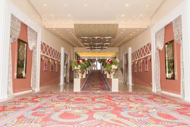 Отель и Казино Европа3