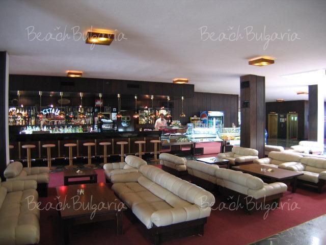 Гранд Отель Варна16