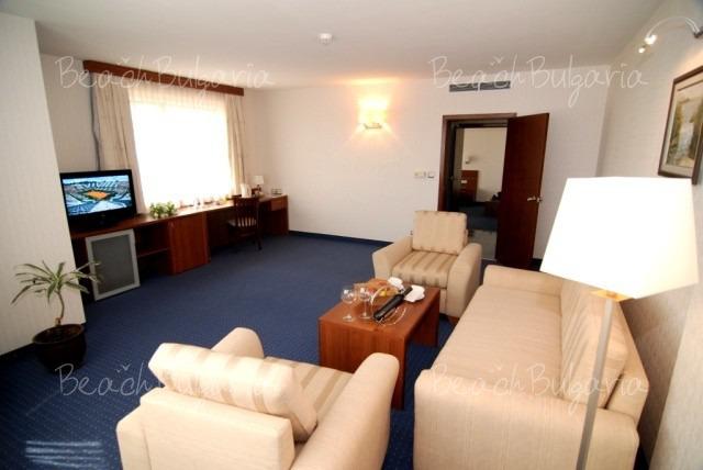 Бест Вестерн Парк Отель 8