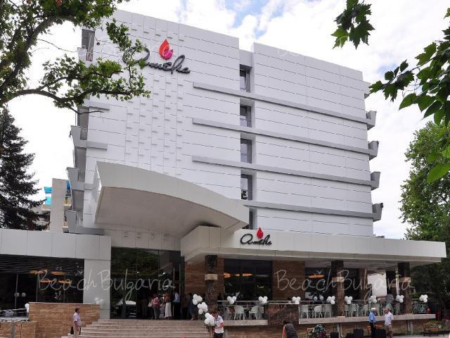 Amelia Superior Hotel