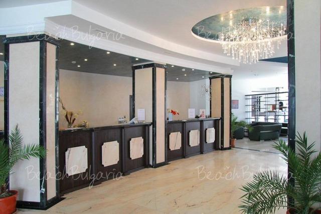 Отель Moonlight7