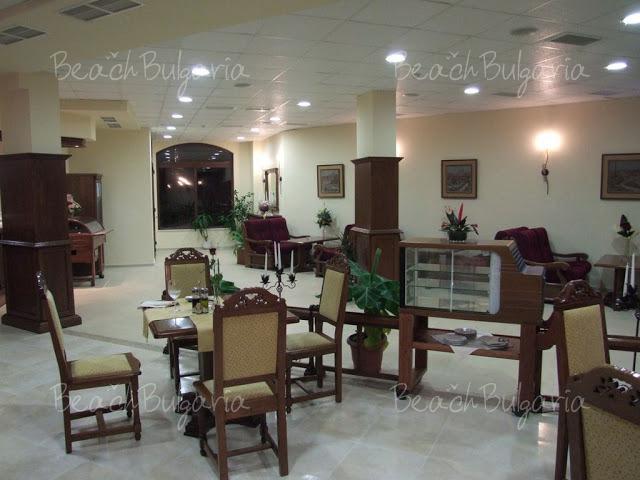 Отель Феста Мария Ревас24