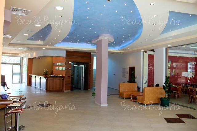 Отель Риагор4