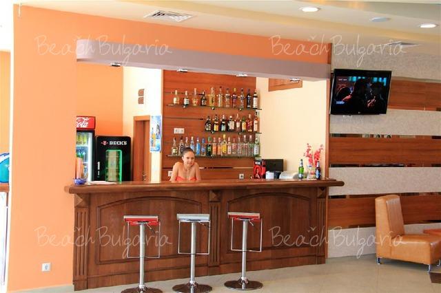 Отель Риагор5
