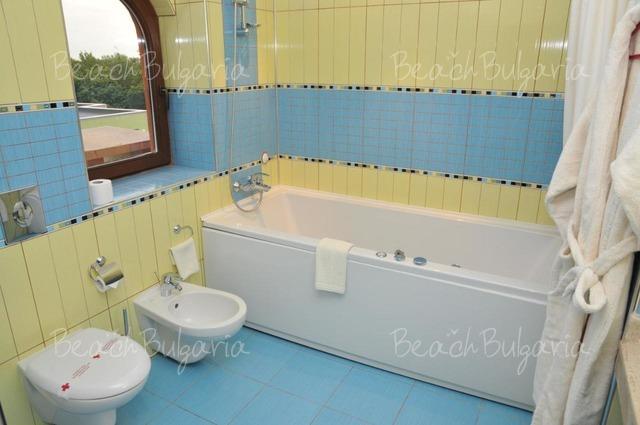 Отель Мираж15