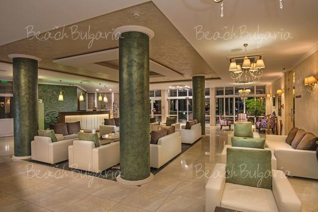 Отель Мирамар6