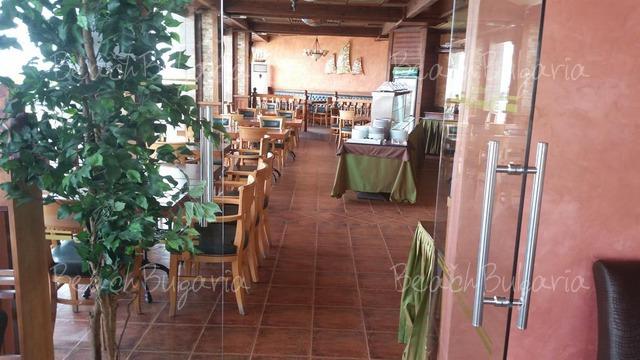 Отель Сани Бей15