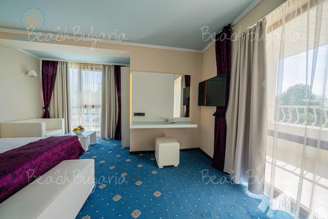 Отель Перла Роял24