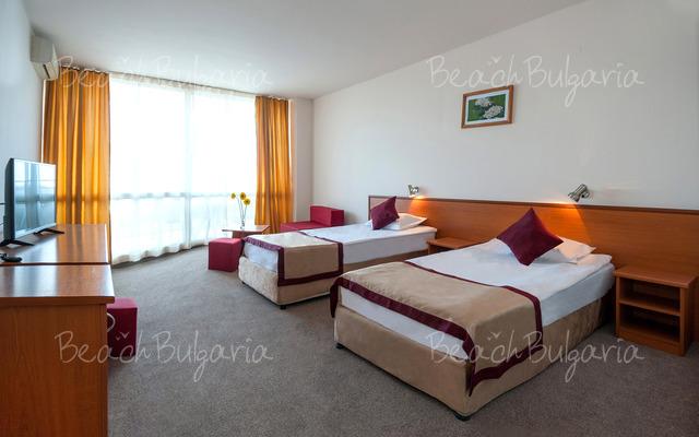 Отель Арония Бийч12