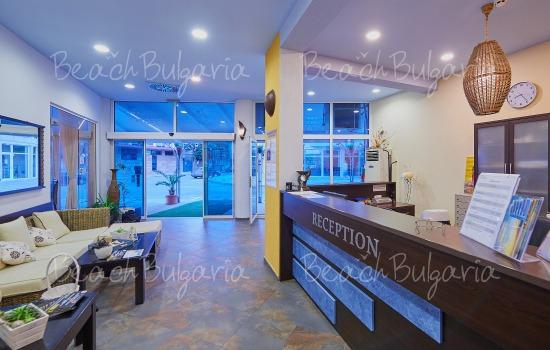Отель Регата10