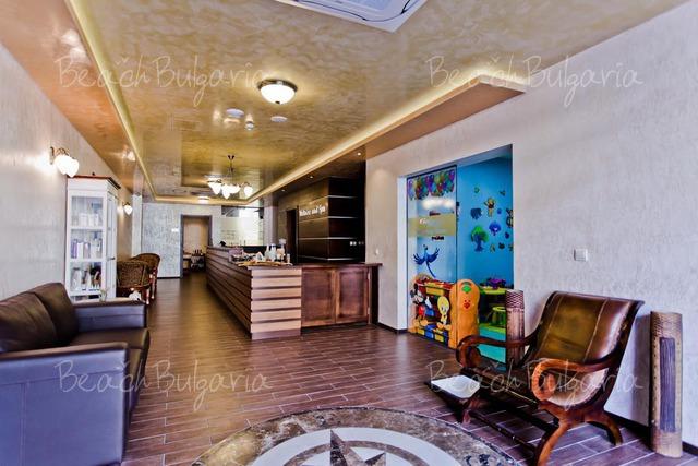 Отель Galeon Residence & Spa17