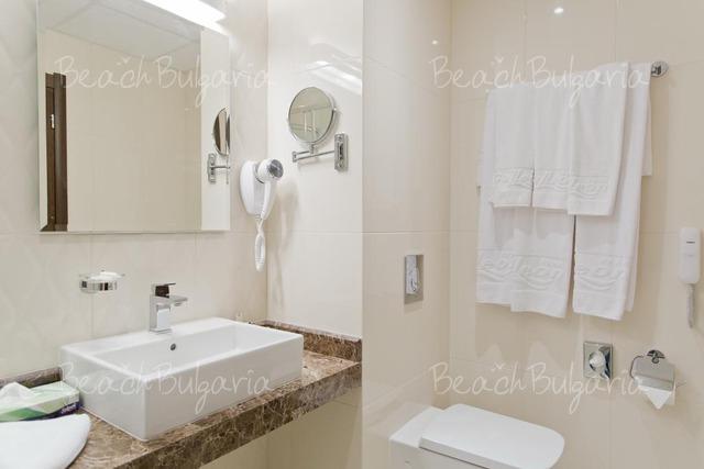 Отель Galeon Residence & Spa10