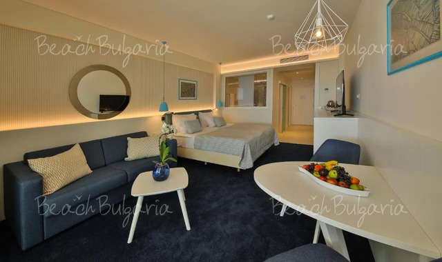 Отель White Lagoon25
