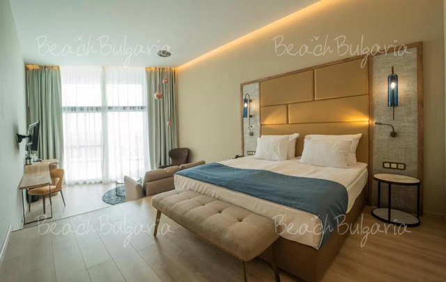Wave Resort15