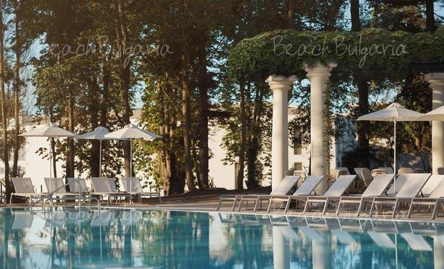 Oтель Astor Garden4