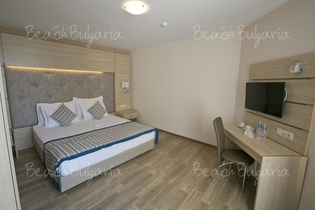 Апарт-отель Royal Bay14