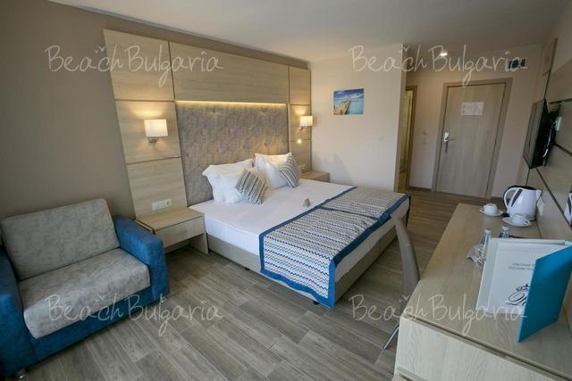 Апарт-отель Royal Bay18