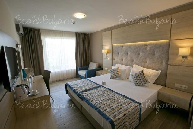 Апарт-отель Royal Bay19