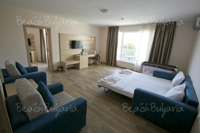 Апарт-отель Royal Bay22