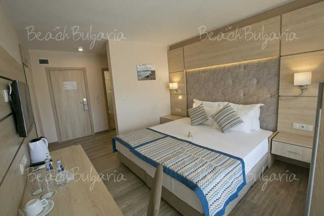 Апарт-отель Royal Bay23