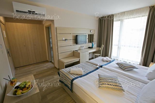 Гранд-отель Royal Grand Hotel and Spa11