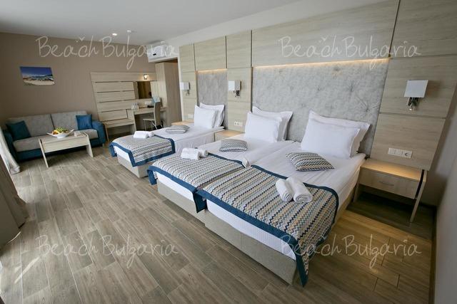 Гранд-отель Royal Grand Hotel and Spa13