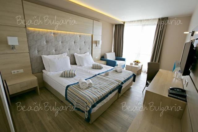 Гранд-отель Royal Grand Hotel and Spa10