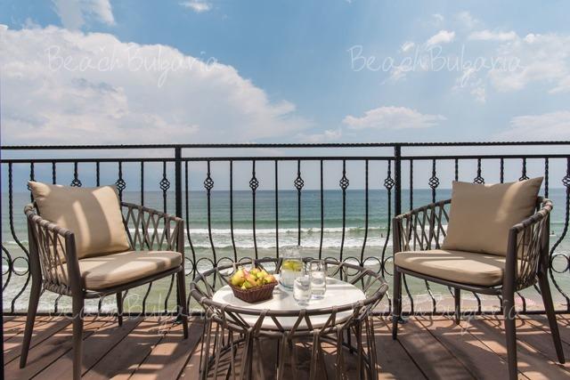 Effect Algara Beach Club Отель26