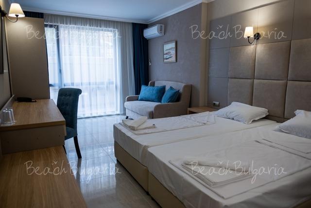 Верамар Бийч Отель 21