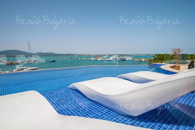 Oтель Blu Bay22