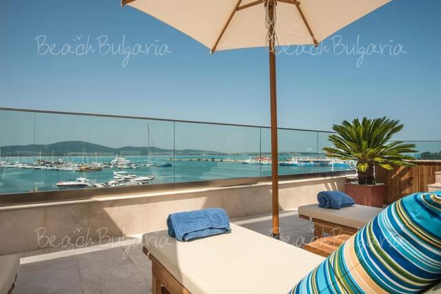 Oтель Blu Bay24
