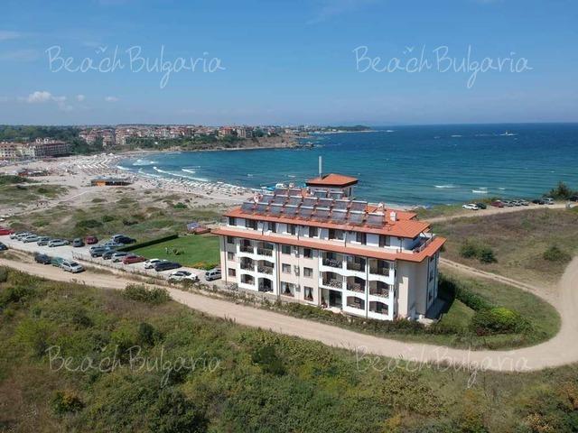 Отель Toma's Residence2