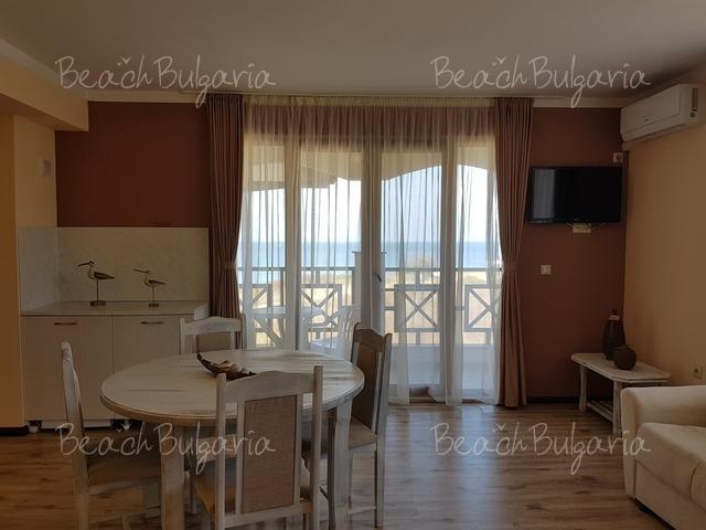 Отель Toma's Residence7