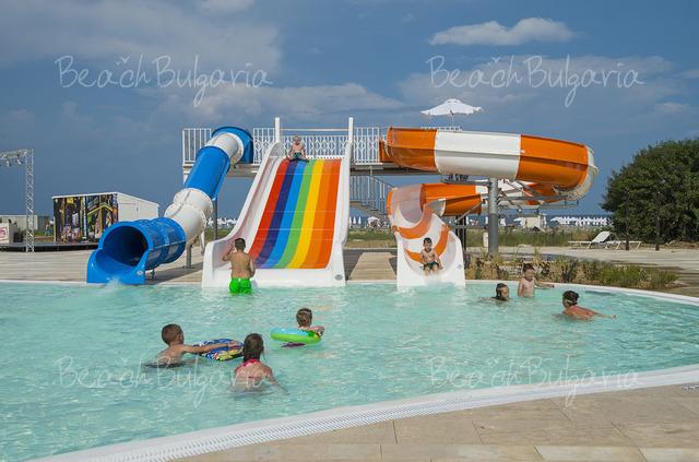 Sunrise Blue Magic Resort6