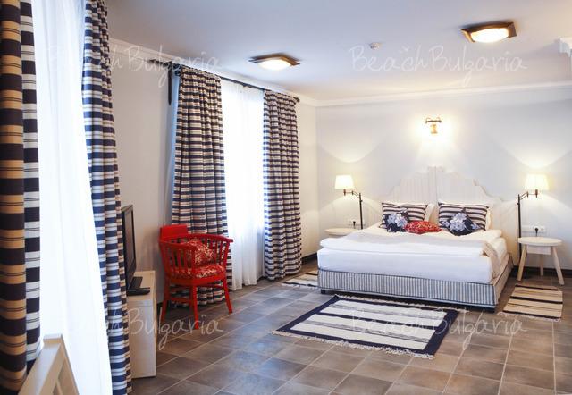 Отель Maltese Castle36