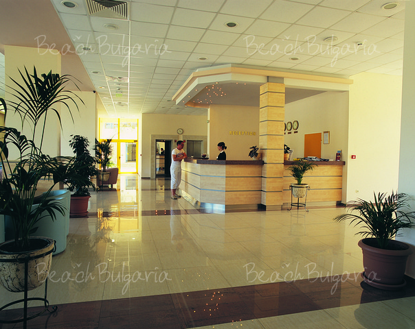 Отель Континентал Прима8